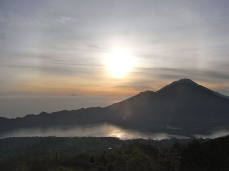 the final Mt Batur climb fro 2013 was perfect.. thank you!